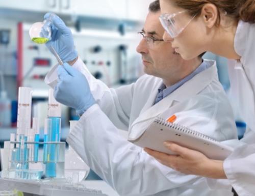 Chi pensa che una cura contro il cancro esista davvero?